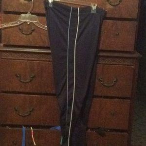 Nike jogging pants size small 4–6